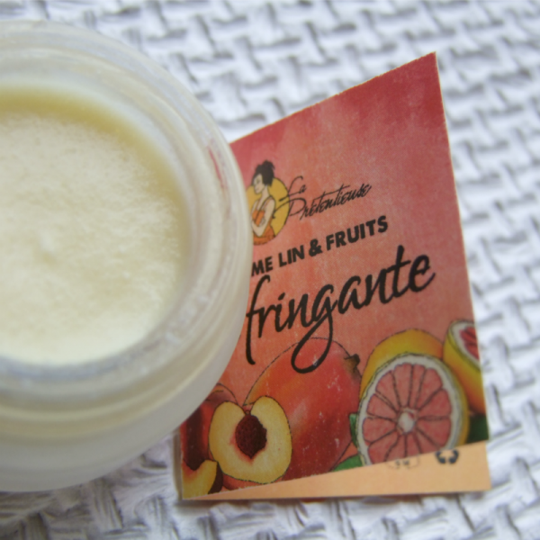 Linen and fruits moisturizing and nourishing face cream